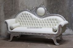 Baroque French Reproduction Victorian Wedding Sofa