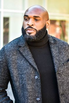 Gift Guide: The Perfect Gifts For Every Big & Tall Man - Men's fashion, style shapes and clothing tips Big And Tall Suits, Big And Tall Style, Mens Big And Tall, Large Men Fashion, Fashion For Big Guys, Man Fashion, Tall Guys, Tall Man, Outfits For Big Men
