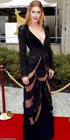 Doutzen Kroes Beautiful Models, Beautiful Actresses, Sexy Dresses, Fashion Dresses, Doutzen Kroes, Elegant Woman, Female Models, Dress To Impress, Supermodels
