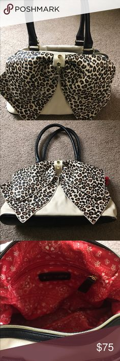 Betsey Johnson bag Adorable and trendy Betsey Johnson bag! Clean, barely used. Off white leather with bandana lining. Bags Shoulder Bags