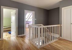 Białe drzwi wewnetrzne w domu w stylu nowoczesnym Cribs, Bed, Furniture, Design, Home Decor, Google, House, Cots, Decoration Home