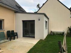 House Extension Design, Extension Designs, Saint Médard, Modern Exterior House Designs, House Extensions, Mudroom, Home Remodeling, Terrace, House Plans