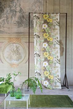 Tricia Guild. The best. KAGADATO selection. **************************************Designers Guild Madhuri digitally printed linen