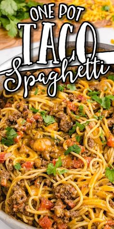 Taco spaghetti is an easy and delicious dinner that has all the tasty Mexican flavors of a taco, but in spaghetti form. Taco Spaghetti, Spaghetti Recipes, Mexican Spaghetti, Spaghetti Ground Beef, Spaghetti Beef Recipe, Spaghetti Casserole, Chicken Spaghetti, Mexican Food Recipes, Vegetarian Recipes