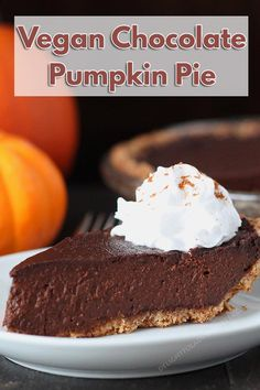 Looking for a dessert that's a little different this holiday? Try this rich vegan chocolate pumpkin pie that's packed with chocolaty, pumpkin flavours. #pumpkinpie #chocolatepumpkinpie #veganpumpkinpie #vegan #veganglutenfree #vegandessert #veganholidays