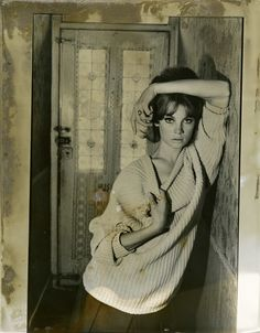 The photo of Jean Shrimpton that catapulted her to fame in 1961 in London by David Bailey.