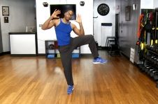 No Excuses: Muffin Top Workout by Dr. Oz's personal trainer