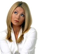 """In 2001, Kelly Ripa replaced Kathie Lee Gifford on the morning talk show that became """"Live with Regis and Kelly."""" Description from celebs.answers.com. I searched for this on bing.com/images"""
