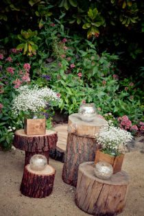 """I like the concept of the wooden """"tables"""" for decoration at the alter?"""