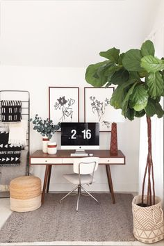 Here are 10 bad habits that have likely crept up in the past few months — and how to fix them. Home Office Design, Office Decor, House Design, Office Workspace, Office Spaces, Studio Design, I Spy Diy, White Office, Small Office