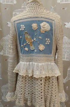 crochet paula y agustina ricci ile ilgili görsel sonucu Crochet Coat, Crochet Fabric, Crochet Jacket, Freeform Crochet, Love Crochet, Irish Crochet, Crochet Clothes, Crochet Patterns, Beautiful Crochet