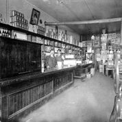 McMillans grocery North Vancouver North Vancouver, British Columbia, History, Historia