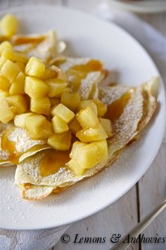 Caramel Apple Crepes from @Jean | Lemons and Anchovies. Gonna make this at weekend.