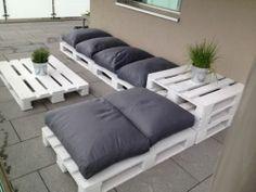salon-de-jardin-en-palette-diy-02 | salon de jardin | Pinterest