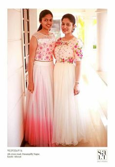 How to wear white tops midi skirts 28 Trendy ideas Party Wear Indian Dresses, Gown Party Wear, Indian Wedding Gowns, Indian Gowns, Anarkali Dress, Lehenga, Sarees, White Anarkali, Anarkali Suits