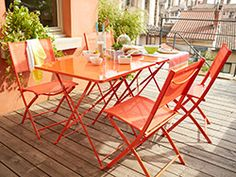 Tables aluminium Fermob de couleur | Terrasse rue de Valmy ...