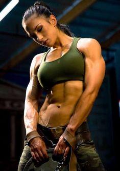 Female Form #StrongOverSkinny #Motivation #WomenLift2