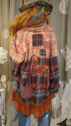 Bleach dip (or dye) flannel - trend - Upcycled XL Flannel Shirt Bleached Boho Top Distressed Festival Tunic Art tmyers Redo Clothes, Clothes Crafts, Country Style Dresses, Recycled Shirts, Shirt Refashion, Clothes Refashion, Estilo Hippie, Altered Couture, Altering Clothes