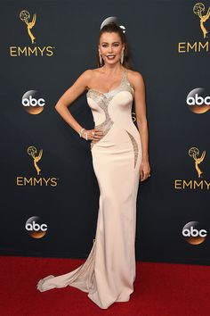 Sofia Vergara in Versace - Emmy 2016