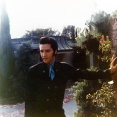 Elvis in California (working on his last film).