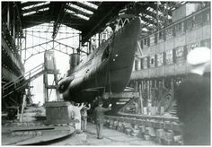 U 53 lauched at Krupp's Kiel shipyards. May 1939 Navy Memorial, German Submarines, Luftwaffe, War Machine, Military History, World War Two, Wwii, Photos, Pictures