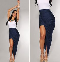 White & Navy Classy Outfit!!....I would feel so much like Cyd Charisse!!  vavaVOOM!