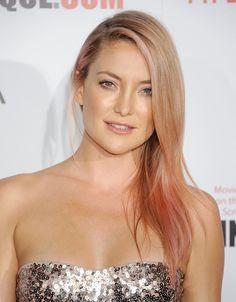Kate Hudson rocks subtle rose-gold hair in honor of Breast Cancer Awareness month. (via @POPSUGARBeauty)