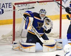 Brian Elliott earns his 19th shutout with the blues in 3-0 win over the Toronto Maple Leafs. 1/17/15