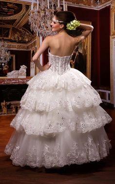 Niedrige Taille ärmellos ausgefallenes romantisches besonderes Brautkleid
