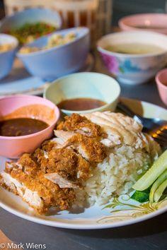 Sukhumvit Soi 38 - An Introduction to Eating Street Food in Bangkok - http://migrationology.com/2014/04/sukhumvit-soi-38-convenient-street-food-bangkok/