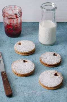 Brown Sugar Linzer Cookies with Strawberry Balsamic Jam - The Cake Merchant Healthy Dessert Recipes, Fruit Recipes, Sweet Recipes, Strawberry Balsamic, Strawberry Recipes, Spreadable Fruit Recipe, Cookie Desserts, Cookie Recipes, Linzer Cookies