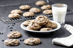 I know what you're thinking, the Ultimate Vegan Chocolate Chip Cookies?! Really?! Well if Crisco can call their cookies ultimate, I am so totally calling my chocolate chip cookies the ultimate vegan ones.If you don't live in the US, or don't ...