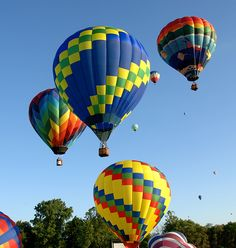 I saw pictures of the balloon festival awhile back... now its on the list