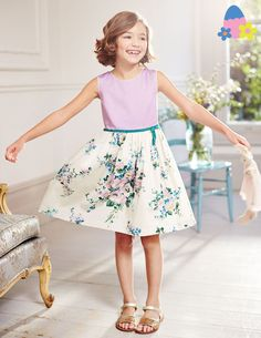 Vintage Prom Dress 33366 Special Occasion Dresses at Boden. Beautiful little girls dress ideal for parties, weddings, christenings or your summer holidays. Little Girl Fashion, Little Girl Dresses, Kids Fashion, Girls Dresses, Prom Dresses, Vintage Prom, Vintage Dress, Holiday Dresses, Special Occasion Dresses