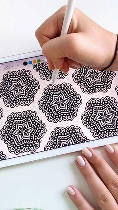 Digital Painting Tutorials, Digital Art Tutorial, Art Tutorials, Mandala Art Lesson, Mandala Drawing, Dibujos Zentangle Art, Doodle Art Designs, Create Drawing, Pencil Art Drawings