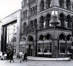 Birks Jewellery Store in Downtown Hamilton. The huge clock on the corner was removed in Huge Clock, Chatham Ontario, Hamilton Ontario Canada, Tear Down, Historical Pictures, Cool Pictures, The Neighbourhood, Beautiful Places, Ottawa