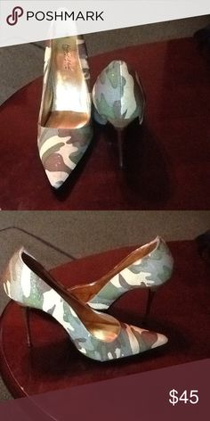 The Highest Heel high heel shoes The Highest Heel high heel camouflage shoes size 9.5 preowned very good condition Highest Heels Shoes Heels