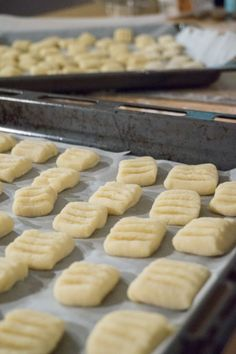 Gnocchi's super easy and light as a feather :) Gnocchi, Super Easy, Feather, Bread, Food, Quill, Brot, Eten, Breads
