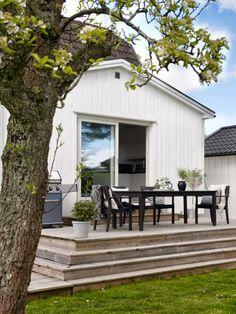 Anna Truelsen inredningsstylist Big Garden, Home And Garden, Outdoor Living, Outdoor Decor, Home Studio, Garden Inspiration, Tiny House, Sweet Home, Anna