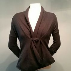 Express XS light sweater This sweater can be used in cold and warmer weather climates. Take advantage of how low the price is for this NAME BRAND piece of clothing!!! Express Sweaters Cardigans