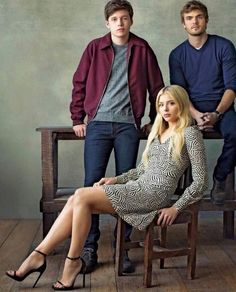 Nick Robinson, Alex Roe, Chloe Moretz (The Wave (Movie) The 5th Wave Cast, The Fifth Wave Book, The 5th Wave Series, Nick Robinson, A 5ª Onda, Chloe Grace Moretz Feet, Amor Simon, The Kings Of Summer, Evan