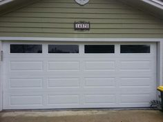 Exceptionnel Amarr Long Panel Garage Door With Solid Windows Gives This Home In  Jacksonville A More Modern Look