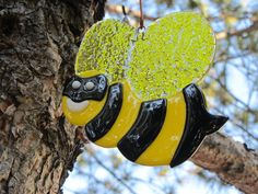Burglar Bee - glass fusion - part of yard art series