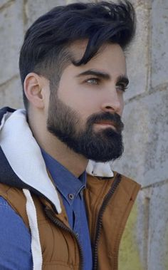 14 Reasons Why The Medium Beard Style Is All The Funk! - - These 14 jaw dropping medium beard styles are not only easy to master but also a bit more impactful than your aggressive beast beards! Mens Hairstyles With Beard, Cool Hairstyles For Men, Boy Hairstyles, Haircuts For Men, Medium Haircuts, Hairstyle For Man, Mens Hipster Haircuts, 1960s Hairstyles, Layered Hairstyles