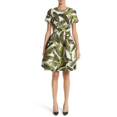 online shopping for Oscar la Renta Leaf Jacquard Dress from top store. See new offer for Oscar la Renta Leaf Jacquard Dress Day Dresses, Dresses Online, Dresses For Work, Palm Tree Dress, Jaquard Dress, Green Floral Dress, Floral Dresses, White Dress, Main Image