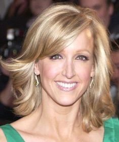 Lara Spencer at a Premiere in Hollywood Celebrity Hairstyles, Hairstyles With Bangs, Hair Styles 2016, Long Hair Styles, Mom Haircuts, Lara Spencer, Long Wavy Hair, Hair Pictures, Blonde Hair