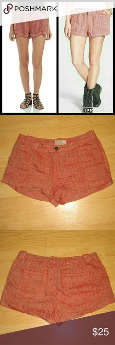 """✨HP SALE✨NWOT Free People Red Linen Slouchy Shorts These shorts are brand new just missing tags. They are a red linen slouchy style short with rolled cuffs.  Made of 100% linen. Tag size is 8. Inseam is approximately 1.5"""" long. Free People Shorts"""