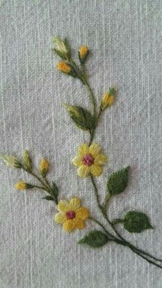 Hand Embroidery Projects, Crewel Embroidery Kits, Floral Embroidery Patterns, Hand Embroidery Videos, Hand Work Embroidery, Embroidery Flowers Pattern, Simple Embroidery, Japanese Embroidery, Embroidery Techniques