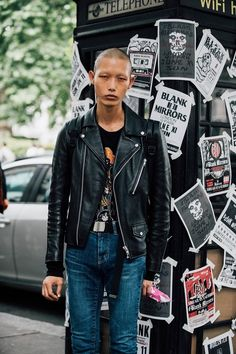 1b03f98315f London Men s Fashion Week Spring 2018 Street Style