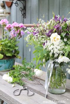 flowers in jars are so awesome - I want some to give away (spread the happiness & loveliness)